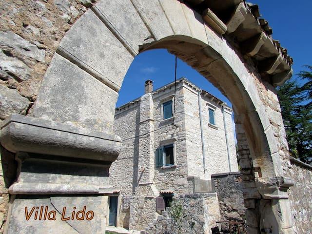 Stone Villa Lido 300 years old