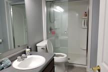 Bathroom (in 1st floor)