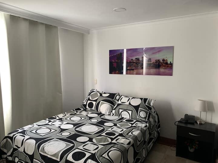 Hotel LLeras Premium-301 habitación privada