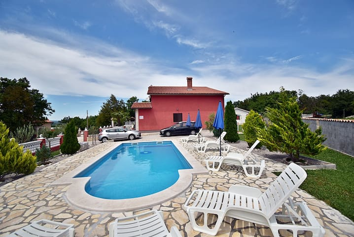 Villa Maric - Seven Bedroom Villa with Private Pool