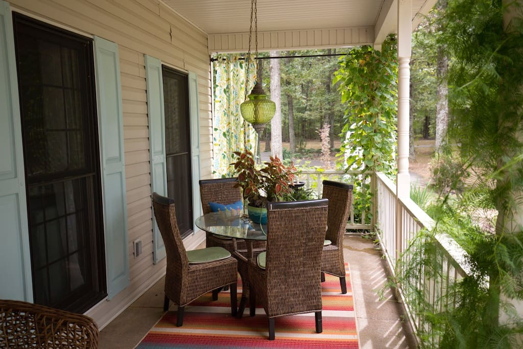 Dining area available on front porch. Constant gardening going on around here.!