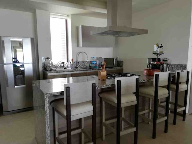 """Penthouse de lujo en """"La Isla Residence & Spa"""""""