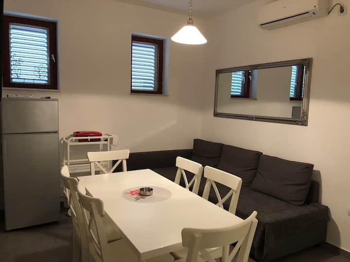 Relaxing apartment Gligora Pag