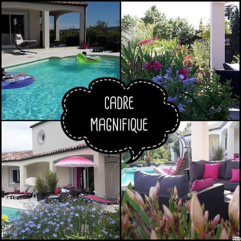 Magnifique villa grand confort près de Carcassonne - Carcassonne - Huis