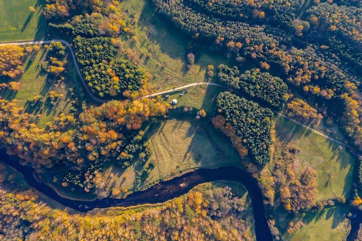 Jurtos nuoma Minijos upės slėnyje