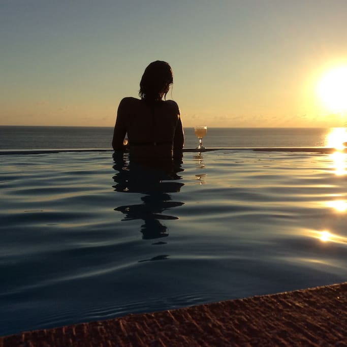 Sunset in the pool.