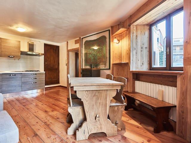 Sauze Vin Vert-Apartment-Apartment-Private Bathroom