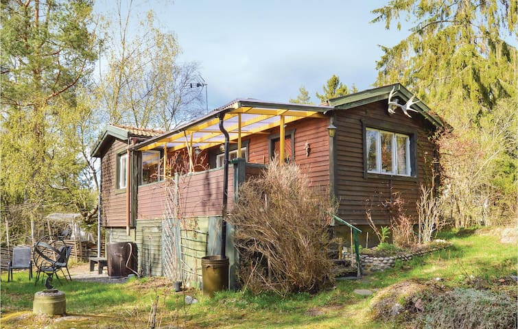 Holiday cottage with 2 bedrooms on 50m² in Årsta Havsbad