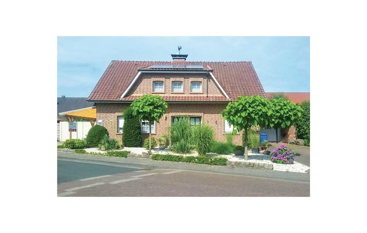 Holiday cottage with 2 bedrooms on 160 m² in Südlohn-Oeding