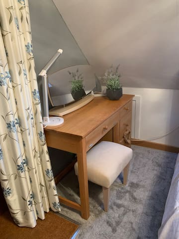 Dressing table and stool with mirror