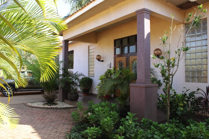 The Canfel Cottage - Namugongo's comfort option