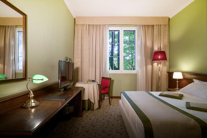 Camere Hotel Immerso nel verde