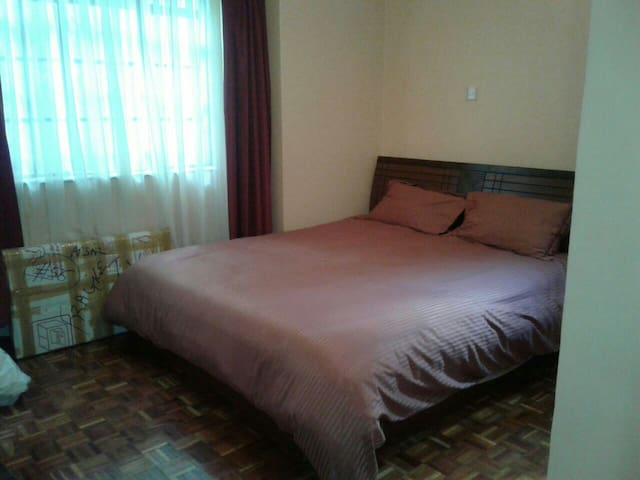 Cosy 1 bedrooms  for sharing - Nairobi - Apartament