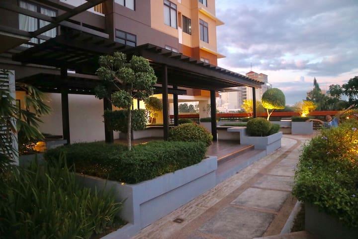 Loft-type, Breathtaking Cityview & Seaview terrace