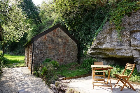 The Byre at Dingle Cottage