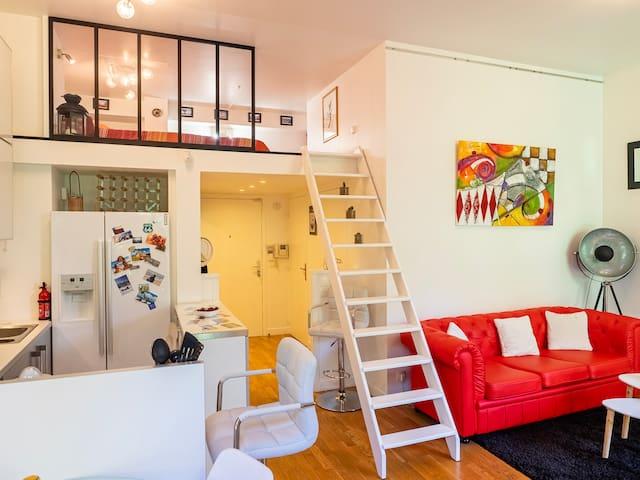 Lit en mezzanine dans appartement de 48 m²