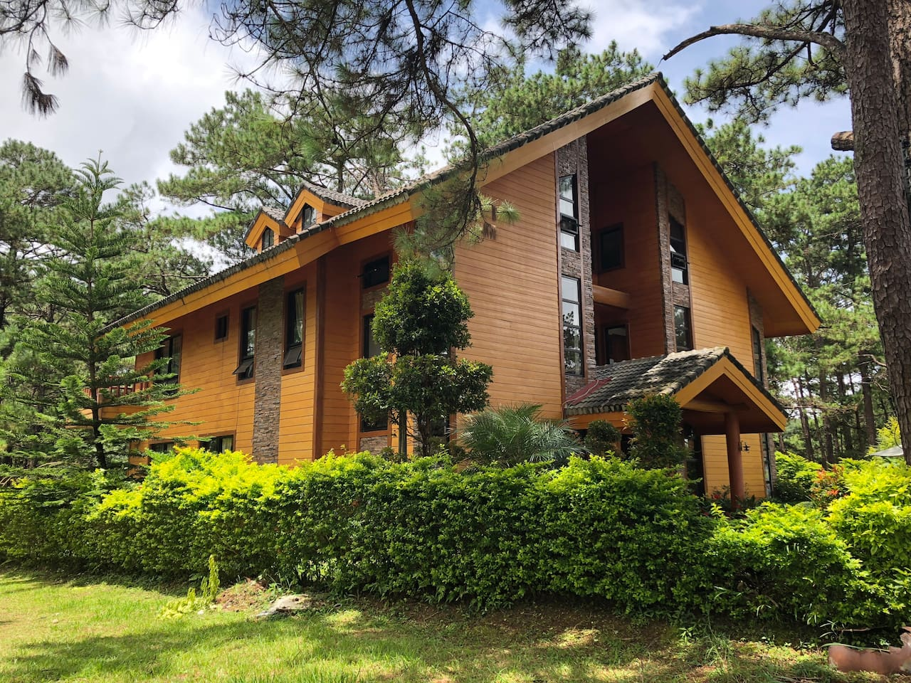 Camp John Hay Forest Cabin 16A 101
