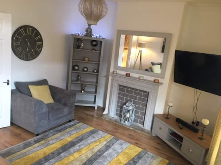 Large double en-suite bedroom (newly renovated)