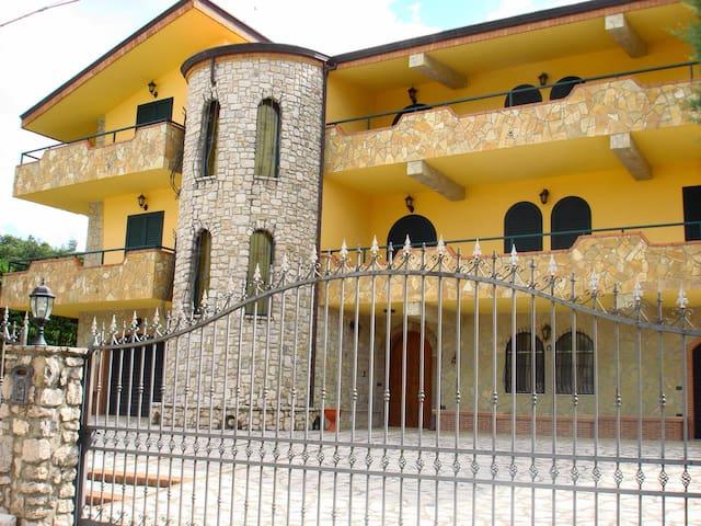 Villa molto tranquilla - San Giorgio