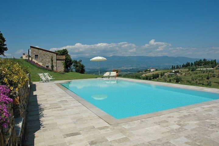 Private Villa on the Hill - Tuscany, Chianti -8pax