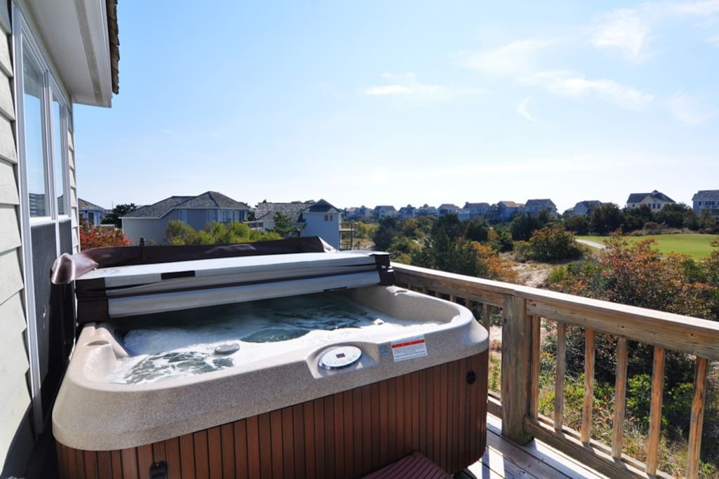 L23: On The Sunny Side | Hot Tub