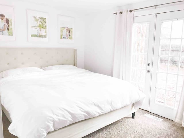 CLEAN, bright, and cute Provo getaway