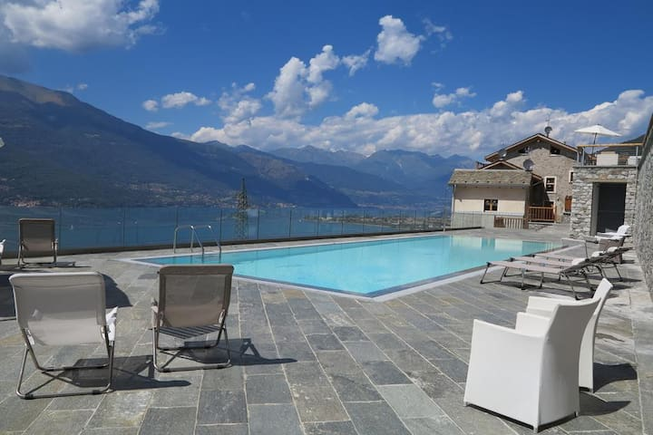 Luxury Pool Loft with lake view and parking space - Bellano - Flat