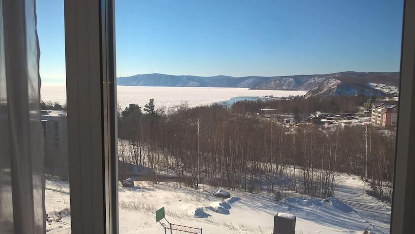 3 комнатная квартира с видом на озеро Байкал - Listvyanka - Serviced apartment