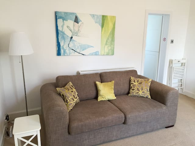 Prestwick/Near Train and Airport - Prestwick - Appartement