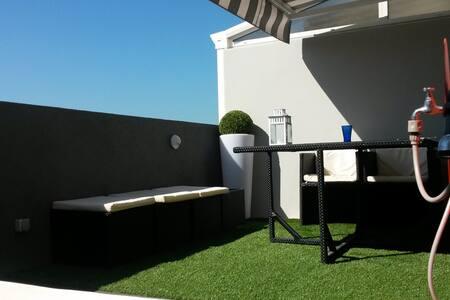 Charme avec terrasse plein ciel - มาร์เซย์
