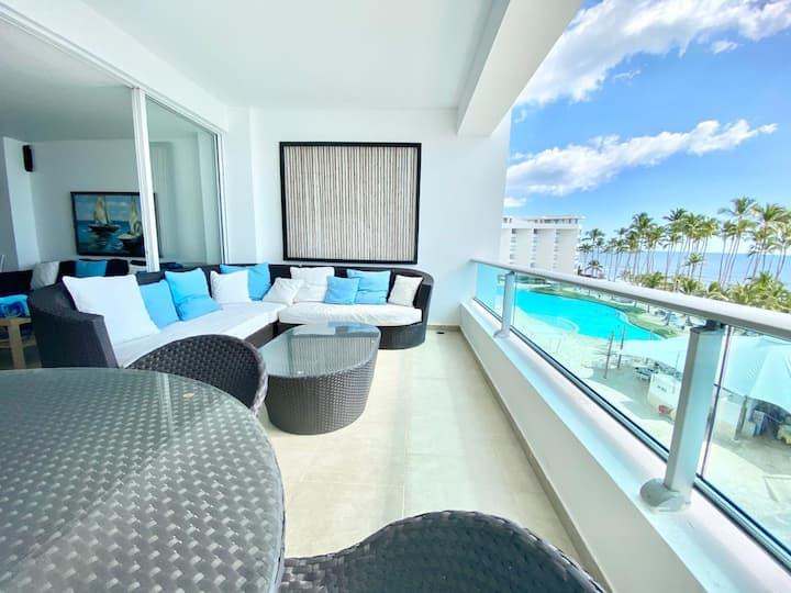 @Marbella BeachFront 2BR Apt Amazing View!