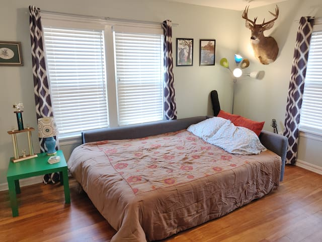 Perfect Room in NW OKC - Close to everything
