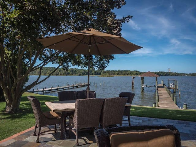 In-law suite on the water