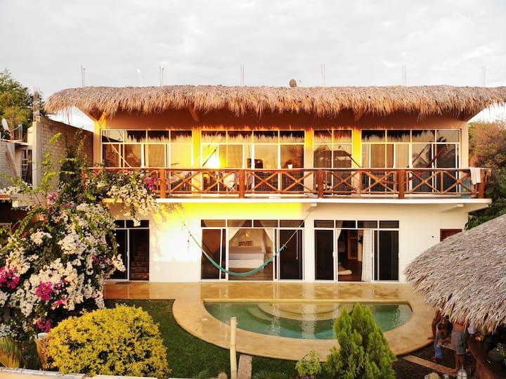 Casa Nayeeche