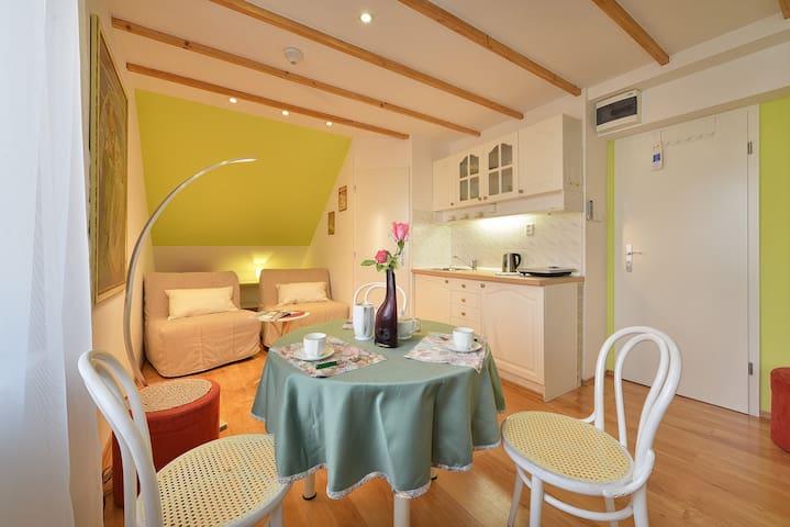 Apartmá - 2 pokoje