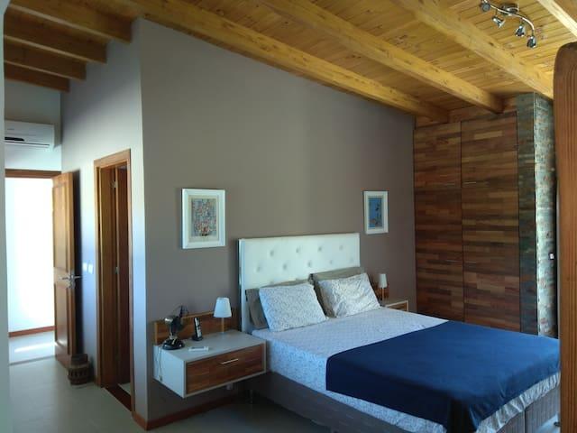 Dormitorio Planta Alta en suite.