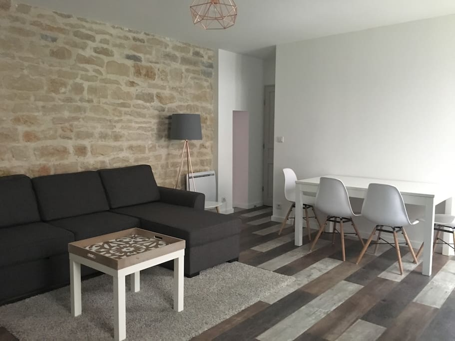 appartement cosy proche gare et centre ville apartments for rent in dijon bourgogne franche. Black Bedroom Furniture Sets. Home Design Ideas