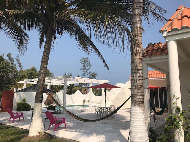 Linda Casa de Playa Blanca