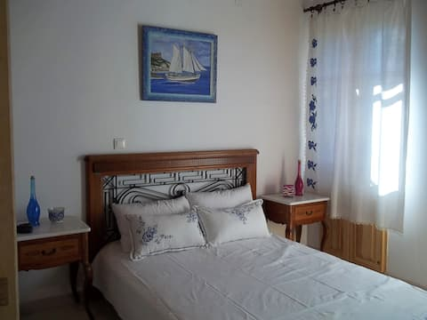 2Rooms apartm.withpartialseaviewfromtheyard Z.R. 5