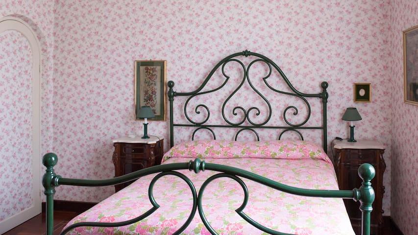 VILLA ALFREDO B&B - Pink Room