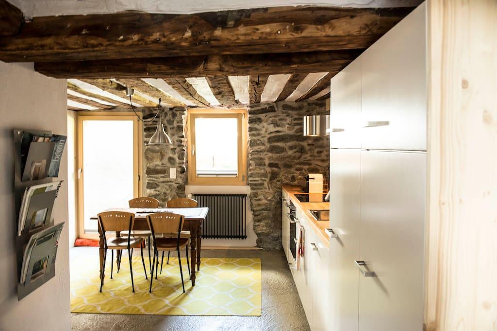 Petit appart entre design et authenticit appartementen for Design appartement zwitserland