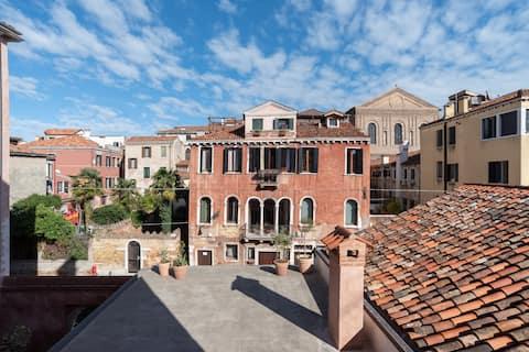 Codega Luxury Design Apartment