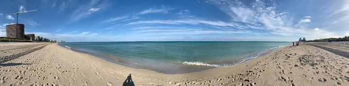 Beach Villa across from the Four Seasons SurfClub