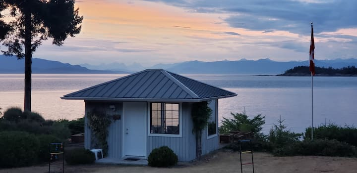 Nanoose Bay Oceanfront Vacation