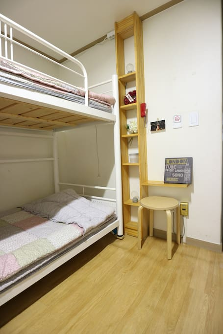 Bunk twin bed 이층 침대