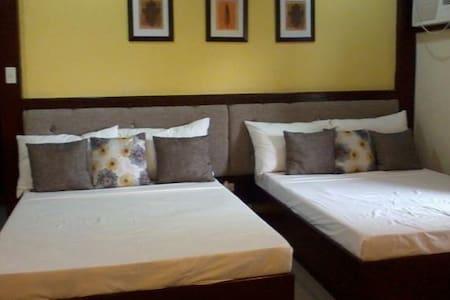 Fully Serviced (Family Room) near Ananyana - Panglao - Villa
