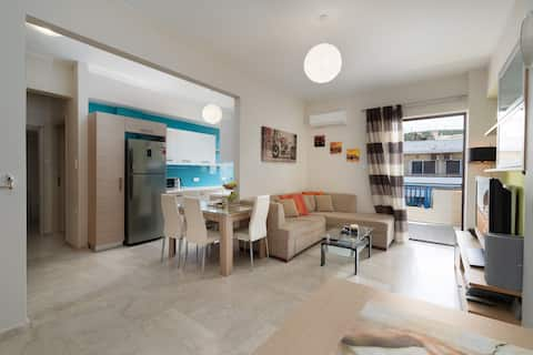 Modern Apartment, just 70 meters from the sea!