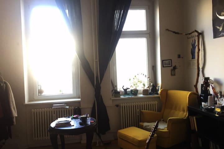 Schnucklige Altbauwohnung in Friedrichshain