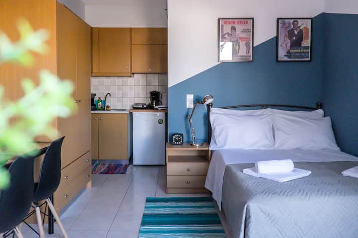Cozy Olive Garden Studio Apartment
