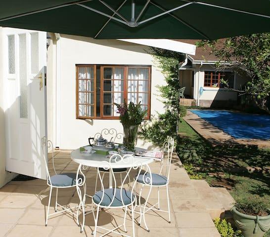 Karlsens  Garden Cottage